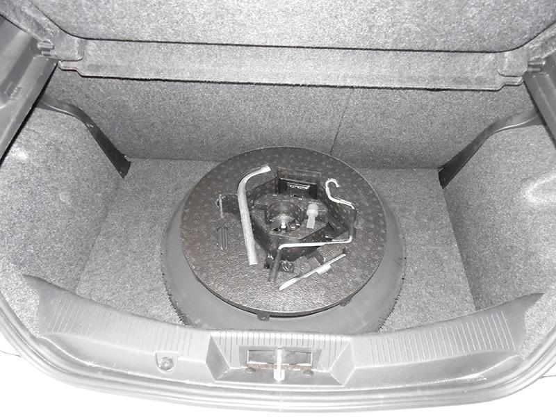 Autogas Tuning Alfa Romeo Mito Landirenzo Χώρος Αποσκευών